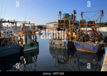 fishing boats moored in the barbican plymouth - Stock Photo