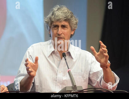 Athens, Greece. 31st Oct., 2017. Greek-American director Alexander Payne speaks during a masterclass to students - Stock Photo