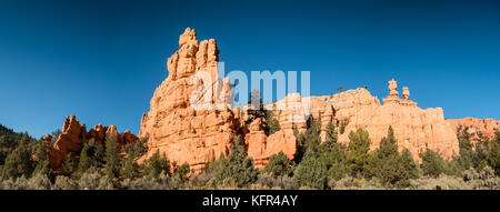 Red rock canyons outside Bryce Canyon National Park in Utah, USA - Stock Photo