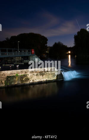 Pangbourne Weir, River Thames - Stock Photo
