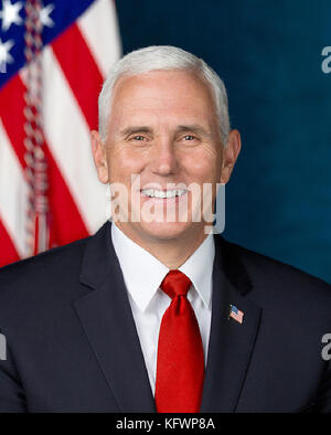 Washington, USA. 31st Oct, 2017. Official portrait of United States Vice President Mike Pence released by the White House in Washington, DC on Tuesday, October 31, 2017. Credit: US Government Publishing Office via CNP - NO WIRE SERVICE - Credit: Us Government Publishing Office/Consolidated/dpa/Alamy Live News