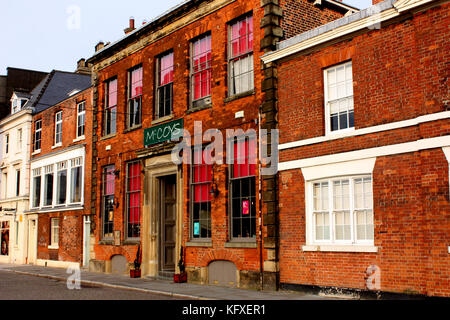 Buildings in the centre of Hull near Zebedee's Yard - Stock Photo