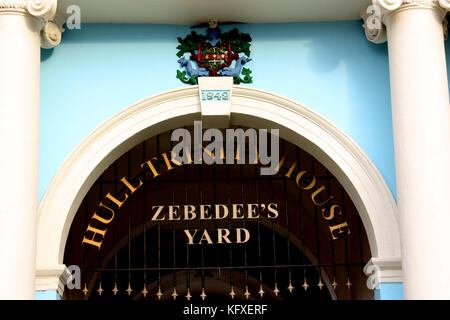 The entrance to Zebedee's Yard in Hull - Stock Photo