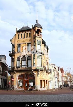 19th century Art Nouveau style Chemist shop at Voorstreek in Leeuwarden, The Netherlands - Stock Photo