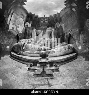 500px Photo ID: 124256243 - A massive panorama of a massive Buddha statue. This composition is made of 20 shots. - Stock Photo