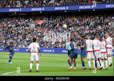 Paris Saint-Germain (PSG) vs. FC Girondins de Bordeaux at Parc des Princes stadium  Featuring: 10, Neymar, 14 Jérémy - Stock Photo