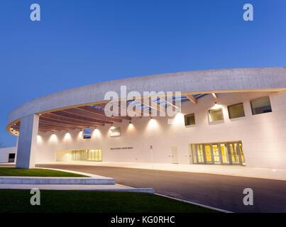 Toronto, Canada - Oct 19, 2017: Exterior view of the Ismaili Centre illumianted at night.Toronto, Canada - Stock Photo