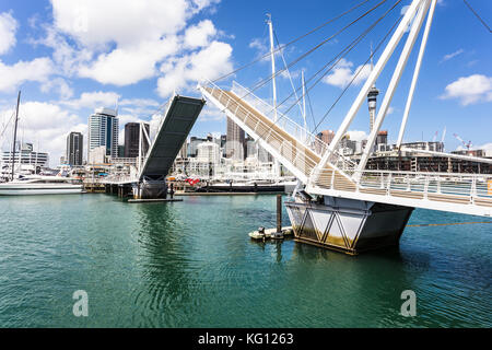 The bridge that links the Wynyard district to the Viaduct Marina in Auckland, New Zealand largest city. - Stock Photo
