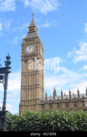 LONDON Big Ben in sunny day -Elizabeth Tower - British icon - only build- TOWER - CLOSE UP - clock and building - Stock Photo