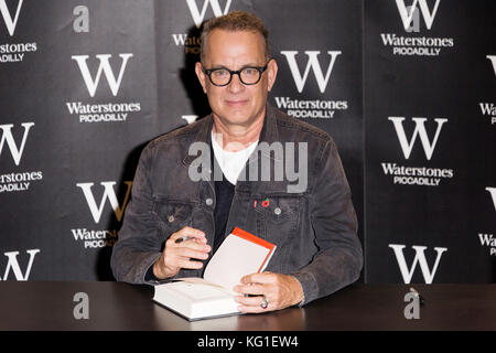 London, UK. 02nd Nov, 2017. Academy Award winning American actor Tom Hankssigns copies of his first book, Uncommon - Stock Photo