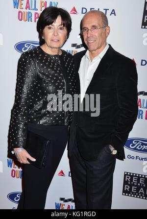 Los Angeles, California, USA. 02nd Nov, 2017. Marilyn Katzenberg, Jeffrey Katzenberg  arrives for the 6th Annual - Stock Photo