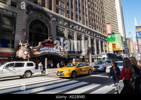 Gigi Cafe New York Th