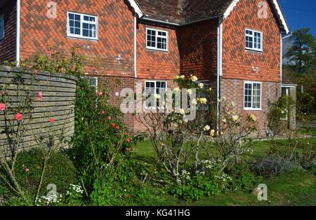 Cottage at Horsmonden,Kent - Stock Photo