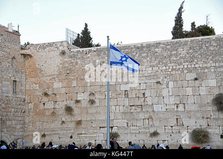 Jerusalem, Israel. 02nd Nov, 2017. Very high resolution late afternoon view of the Israeli flag flying in front - Stock Photo