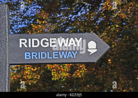 Ridgeway Bridleway sign, on The Ridgeway Path, Whiteleaf Hill. Whiteleaf Woods. Autumn, Chilterns, UK - Stock Photo