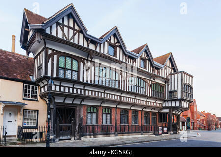 England hampshire southampton bargate the tudor house museum stock photo