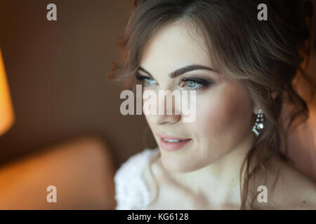 Pretty bride looking for groom - Stock Photo