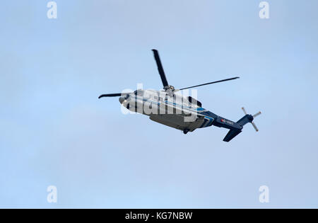 Bond Sikorsky S-92A North sea worker's transport between Aberdeen and  oil Platforms. - Stock Photo
