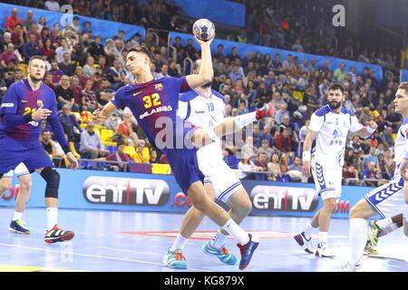 Yanis Lenne, 4th October 2017, Palau Blaugrana, Barcelona, Spain; EHF Mens Champions League Group Phase, handball. - Stock Photo