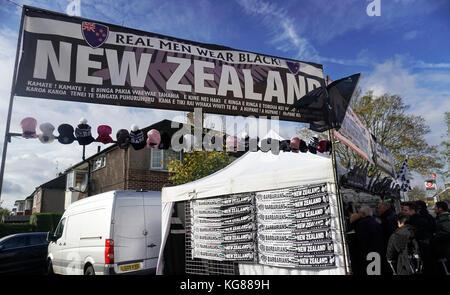 Twickenham Stadium, London, UK. 04th Nov, 2017. 2017 Killik Cup  International Barbarians vs All Blacks at  RFU - Stock Photo
