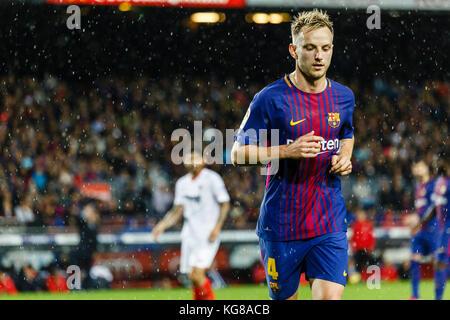 Barcelona, Spain. 04th Nov, 2017. November 4, 2017 - Barcelona, Barcelona, Spain -(04) Rakitic (centrocampista) - Stock Photo