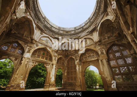 Inner view of a large dome at Jami Masjid (Mosque), UNESCO protected Champaner - Pavagadh Archaeological Park, Gujarat, - Stock Photo