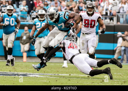 Charlotte, North Carolina, USA. 26th Oct, 2017. Carolina Panthers wide receiver Devin Funchess (17) during game - Stock Photo