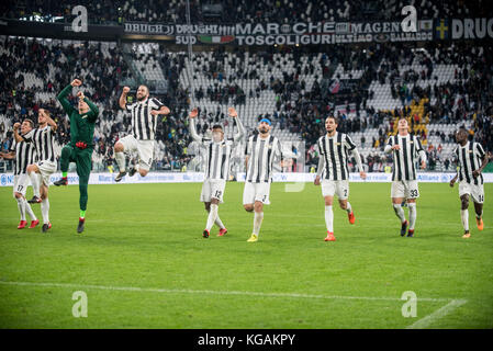Italy. 05th Nov, 2017. Gonzalo Higuain (Juventus FC) during the Football match, serie A: Juventus Fc vs Benevento - Stock Photo