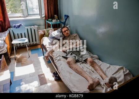 Sadak Souici / Le Pictorium -  Avdiivka -  15/08/2017  -  Ukraine / Avdiivka  -  A victim of the Russian-backed - Stock Photo
