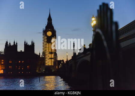 Westminster, London, UK. 6th November 2017. The sun sets over Big Ben. Westminster Parliament Government Credit: - Stock Photo