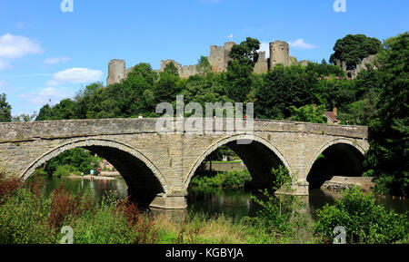 Dinham bridge crosses the River Teme with Ludlow Castle completes the backdrop, Ludlow, Shropshire, England, Europe - Stock Photo