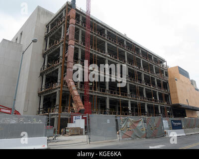 A steel framed building extension during construction in Washington DC, United States (part of the Superior Court - Stock Photo
