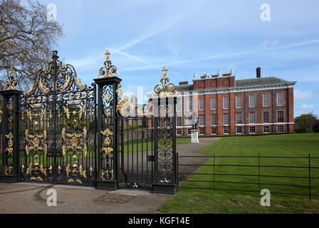 Kensington Palace, royal residence set in Kensington Gardens, Hyde Park, in the Royal Borough of Kensington and - Stock Photo