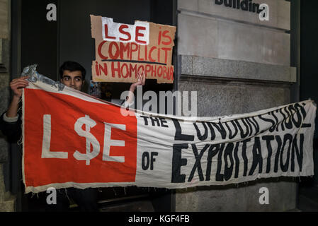 November 6, 2017 - London, UK. 6th November 2017. LSE students and supporters protest against the homophobic abuse - Stock Photo