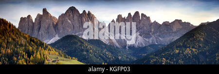 The magnificient mountains group of Odle in the Natural Park of Odle-Puez. Dolomites, Alto-Adige, Italy. - Stock Photo