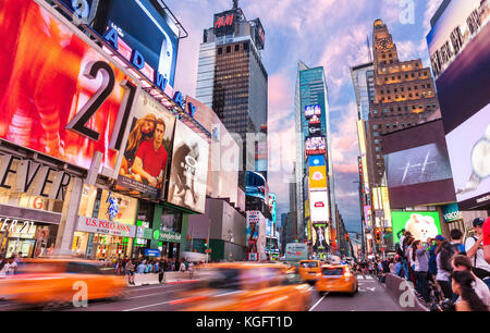 New york usa new york times square NEW YORK CITY USA - Stock Photo