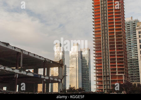 Development in and around Hudson Yards in New York on Saturday, November 4, 2017. (© Richard B. Levine_ - Stock Photo