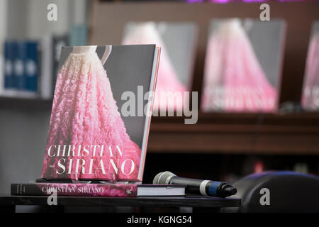 """New York, United States. 08th Nov, 2017. SIRIANO launches his new book, """"Dresses to Dream About """" at Rizzoli Bookstore - Stock Photo"""