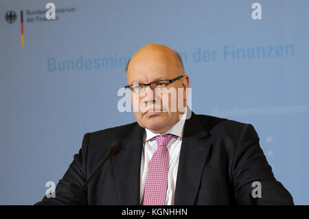Executive Minister of Finances Peter Altmeier (CDU), photographed during a press conference on the announcement - Stock Photo