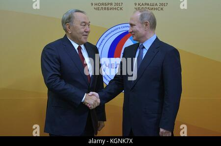 Chelyabinsk, Russia. 09th Nov, 2017. Russian President Vladimir Putin welcomes Kazakhstan President Nursultan Nazarbayev - Stock Photo