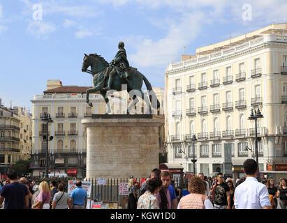 Equestrian statue King Carlos III, Plaza de la Puerta del Sol, Madrid city centre, Spain - Stock Photo