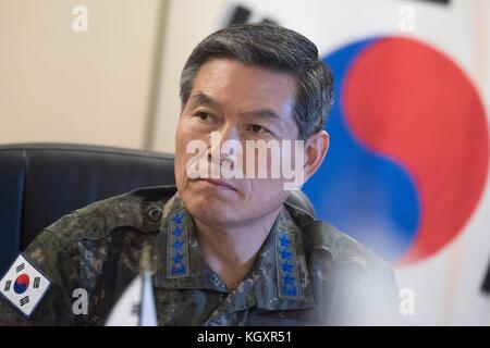 South Korean Joint Chiefs of Staff Chairman Jeong Kyeong-doo speaks during a trilateral meeting at the U.S. Pacific - Stock Photo