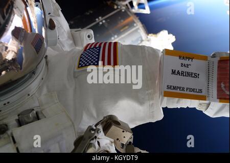 International Space Station. 10th Nov, 2017. Expedition 53 American astronaut Randy Bresnik celebrates the birthday - Stock Photo