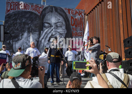 Nogales, Arizona USA and Nogales, Sonora Mexico - 11 November 2017 - On Veterans Day, members of Veterans for Peace - Stock Photo
