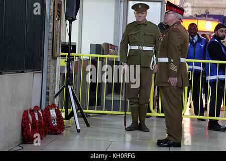 London, UK. 10th Nov, 2017. Aceremony of commemoration held at platform 8 Victoria Station to remember the arrival - Stock Photo
