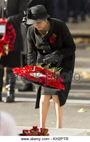 London, London, UK. 12th Nov, 2017. British Prime Minister Theresa May attends a Remembrance Day Ceremony at the - Stock Photo