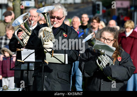 Band playing during Remembrance Sunday, War Memorial, High Street, Haslemere, Surrey, UK. Sunday 12th November 2017. - Stock Photo
