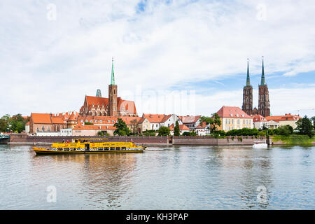 WROCLAW, POLAND - SEPTEMBER 12, 2017: excursion ship in Oder River near Ostrow Tumski island in Wroclaw city. Wroclaw - Stock Photo