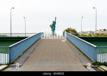 Symmetrical view from behind of the Statue of Liberty in Paris. - Stock Photo