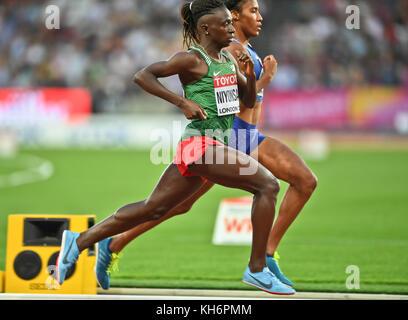 Ajee Wilson (USA) and Francine Niyonsaba (Burundi) - 800m women Bronze Medal - IAAF World Championships - London - Stock Photo